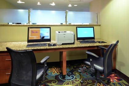 Business Center | Hampton Inn Raleigh/Town Of Wake Forest