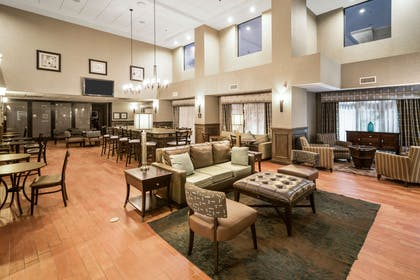 Lobby | Hampton Inn Wilson Downtown