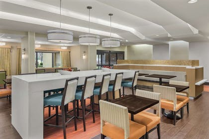 Lobby | Hampton Inn Richmond-SW Hull Street