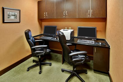 Business Center | Hampton Inn & Suites Richmond/Virginia Center