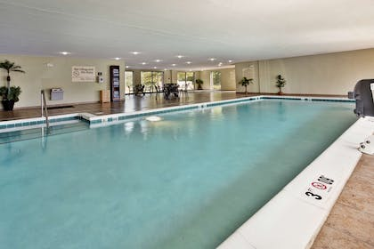 Pool | Hampton Inn & Suites Richmond/Virginia Center