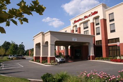 Exterior | Hampton Inn & Suites Richmond/Virginia Center