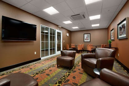 Lobby | Homewood Suites by Hilton Rochester/Greece, NY