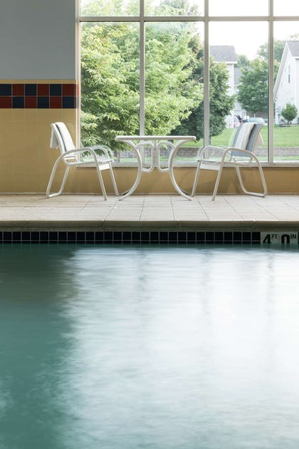 Pool | Hampton Inn & Suites Rochester-North