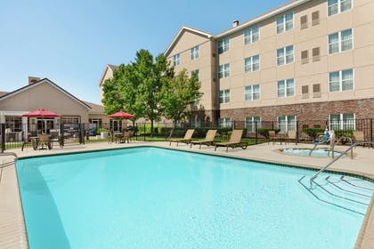 Pool | Homewood Suites by Hilton Sacramento-Roseville