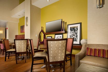 Restaurant | Hampton Inn & Suites San Antonio Airport
