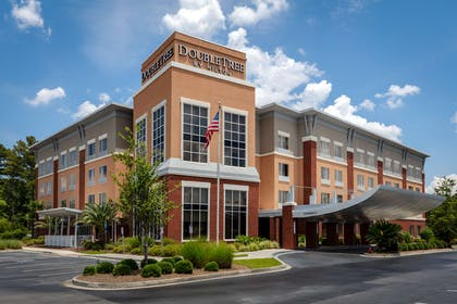 Exterior | DoubleTree by Hilton Hotel Savannah Airport
