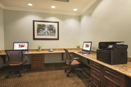 Business Center | Embassy Suites by Hilton Hotel Savannah