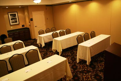 Meeting Room | Hampton Inn & Suites Lodi