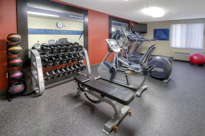 Health club | Hampton Inn Fremont