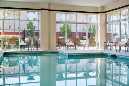 Pool | DoubleTree by Hilton Hotel San Francisco Airport North