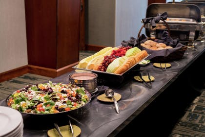 Restaurant | DoubleTree by Hilton Hotel San Francisco Airport North