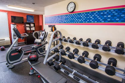 Health club fitness center gym | Hampton Inn St. Augustine-Historic District