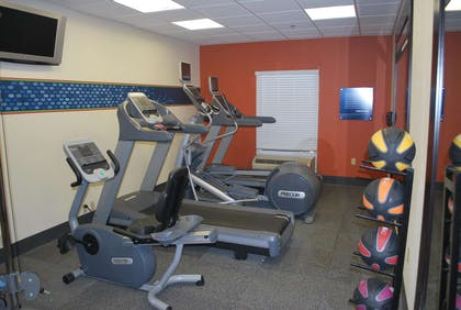 Health club | Hampton Inn Shreveport Airport