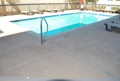 Pool | Hampton Inn Shreveport Airport