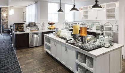 Restaurant | Homewood Suites by Hilton San Jose Airport-Silicon Valley