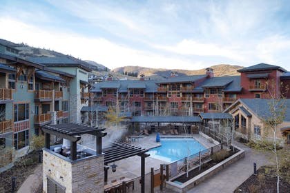 Pool   Sunrise Lodge by Hilton Grand Vacations