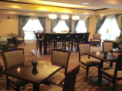 Restaurant | Hampton Inn Sanford