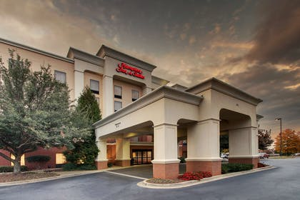 Exterior | Hampton Inn & Suites Spartanburg-I-26-Westgate Mall