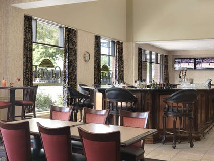 Restaurant | President Abraham Lincoln Springfield - a DoubleTree by Hilton Hotel