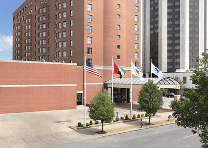 Exterior | President Abraham Lincoln Springfield - a DoubleTree by Hilton Hotel