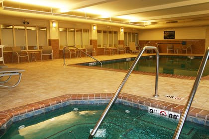 Pool | Hampton Inn & Suites St.Louis South at I-55