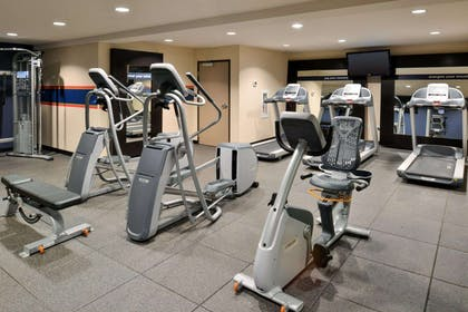 Health club | Hampton Inn & Suites Tacoma / Puyallup