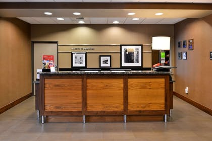 Reception | Hampton Inn & Suites Tacoma / Puyallup