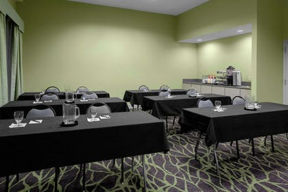 Restaurant | Homewood Suites by Hilton Tallahassee