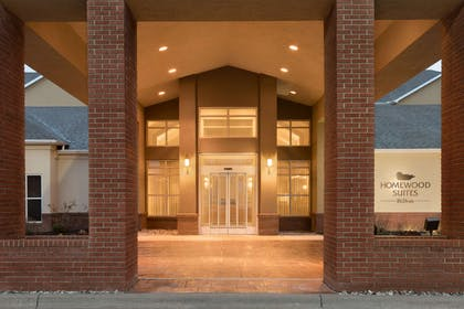 Exterior | Homewood Suites by Hilton Toledo-Maumee