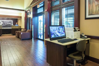 Business Center | Hampton Inn and Suites Tampa North