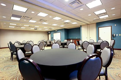 Meeting Room | Hampton Inn & Suites Tampa-Wesley Chapel