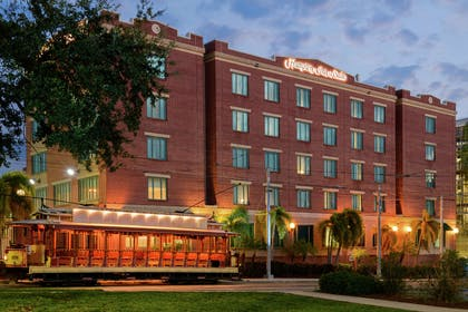 Exterior | Hampton Inn & Suites Tampa/Ybor City/Downtown