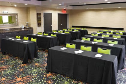 Meeting Room | Hampton Inn & Suites Tulsa Central