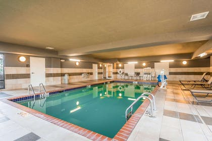 Pool | Hampton Inn New Albany Mississippi
