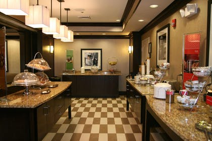 Restaurant | Hampton Inn New Albany Mississippi