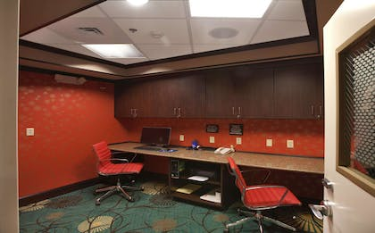 Business Center | Hampton Inn New Albany Mississippi