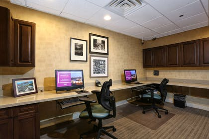 Business Center | Hampton Inn & Suites Tucson-Mall
