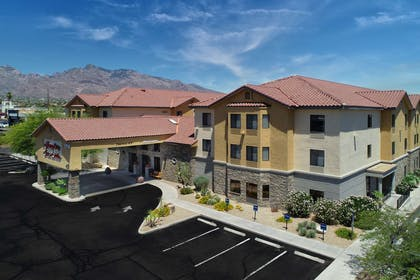 Exterior | Hampton Inn & Suites Tucson-Mall