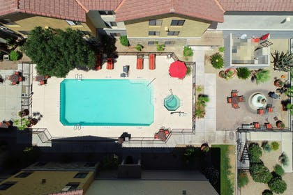 Pool | Hampton Inn & Suites Tucson-Mall