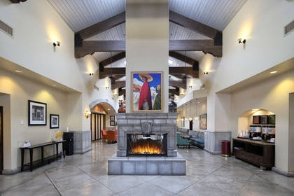 Lobby | Hampton Inn & Suites Tucson-Mall