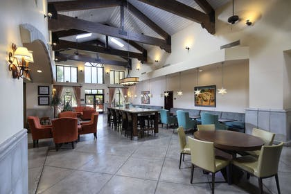 Restaurant | Hampton Inn & Suites Tucson-Mall