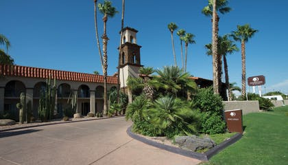 Exterior | DoubleTree Suites by Hilton Hotel Tucson - Williams Center