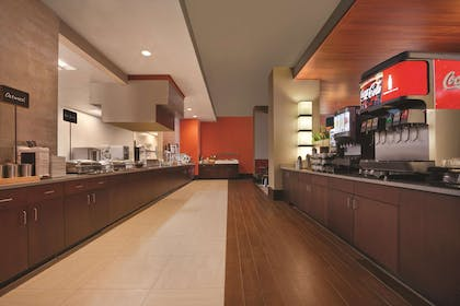 Restaurant | Embassy Suites by Hilton Knoxville West