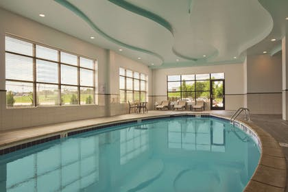 Pool | Embassy Suites by Hilton Knoxville West