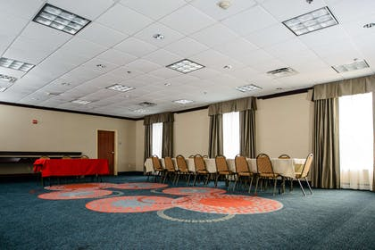 Meeting Room | Hampton Inn Victoria