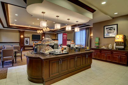 Restaurant | Hampton Inn & Suites Washington-Dulles Int'l Airport