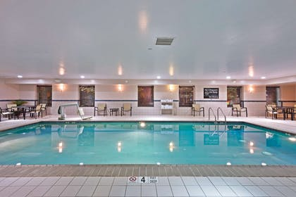 Pool | Hampton Inn by Hilton Gainesville-Haymarket