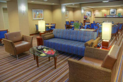 Restaurant | Hampton Inn by Hilton Gainesville-Haymarket