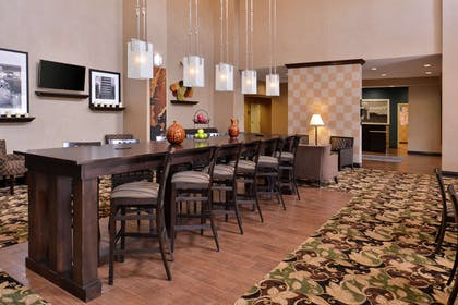Lobby | Hampton Inn & Suites Woodward